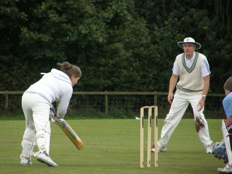 Cricket-Ladies-2010-NS14