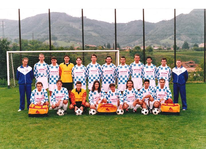 Foto scattata il 20 settembre 1998 sul campo sportivo di Vigano San Martino