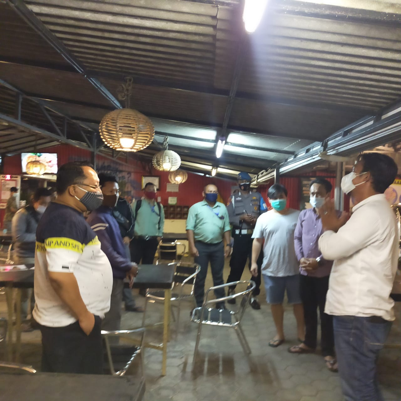 Operasi Yustisi Gabungan Polres Ciko Bersama TNI Sisir Cafe
