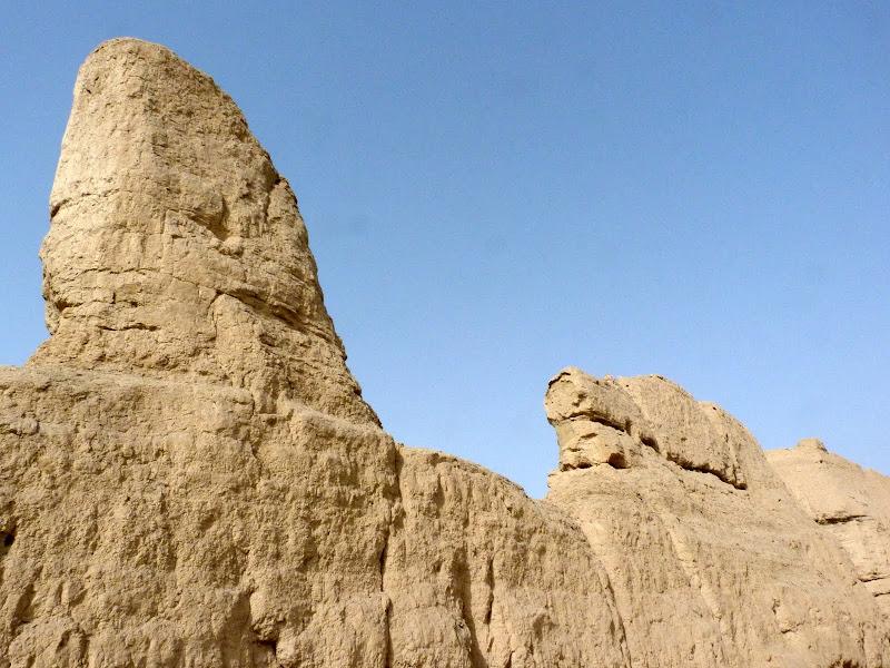 XINJIANG.  Turpan. Ancient city of Jiaohe, Flaming Mountains, Karez, Bezelik Thousand Budda caves - P1270782.JPG