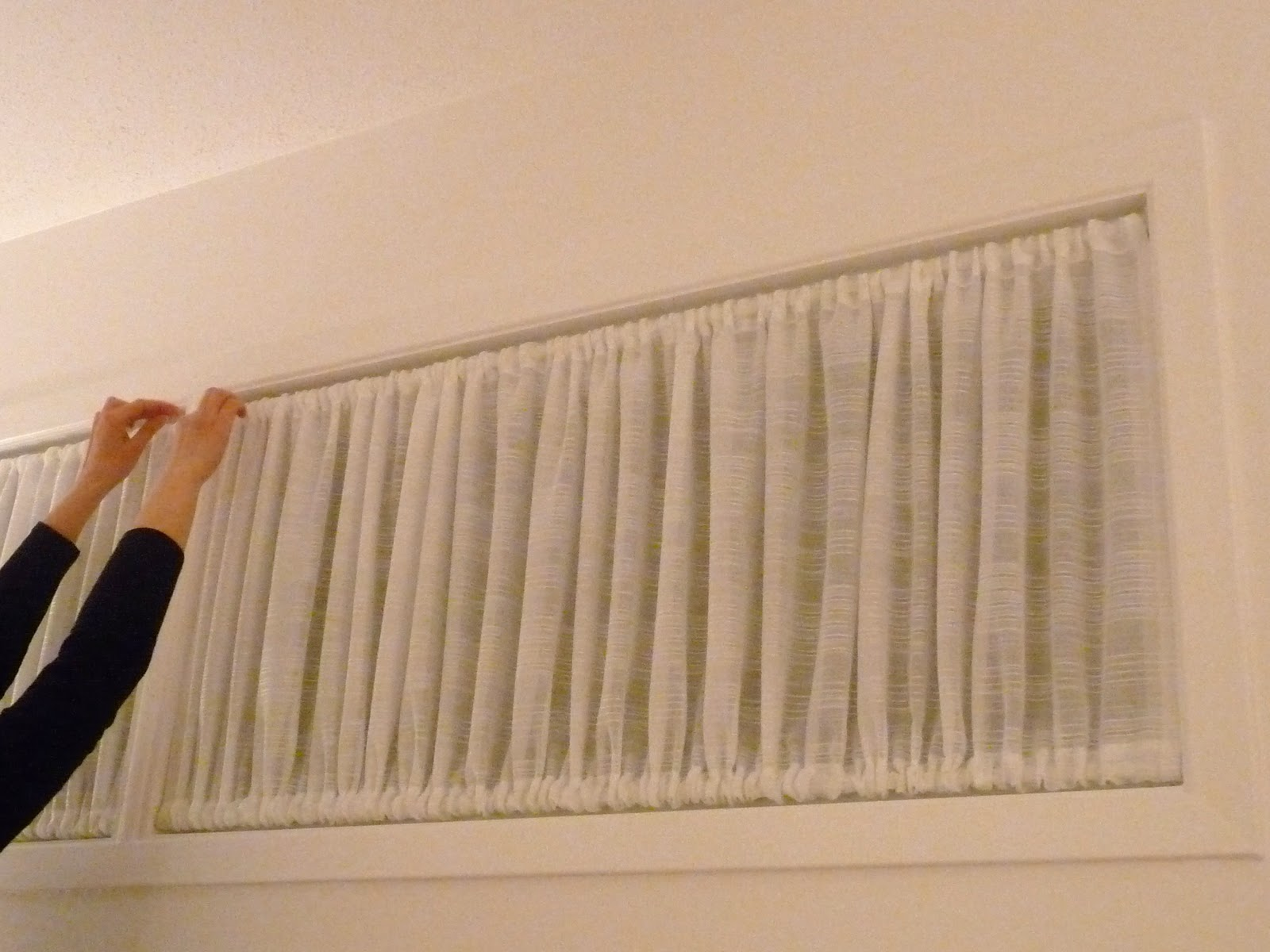 Diy Window Covering For Awkward Windows Dans Le Lakehouse