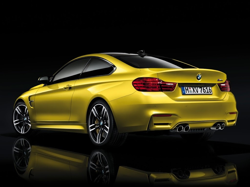 2015 BMW M4 Coupe 40