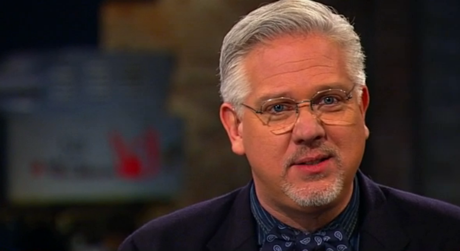 Glenn Beck fires 40 staff, does not blame Cruz campaign