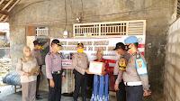 Peringati Hari Bhayangkara ke - 74 Polsek Cilamaya Bagi - Bagi Sembako Pada Warga Tak Mampu