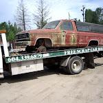 scrap cars marios shop 069.JPG