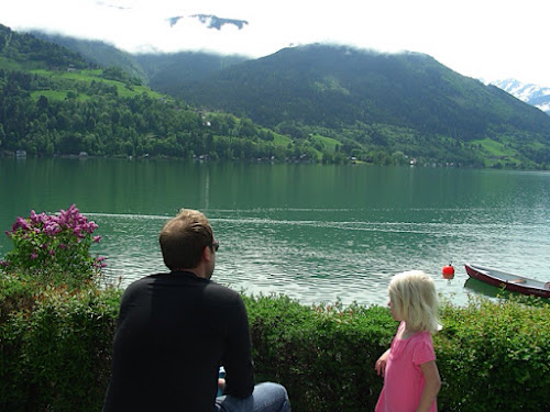 A sunnier day. DM and LG at Zell am See in 2009.