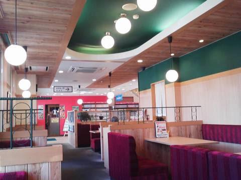店内1F喫茶スペース アイ・カフェ珈琲館