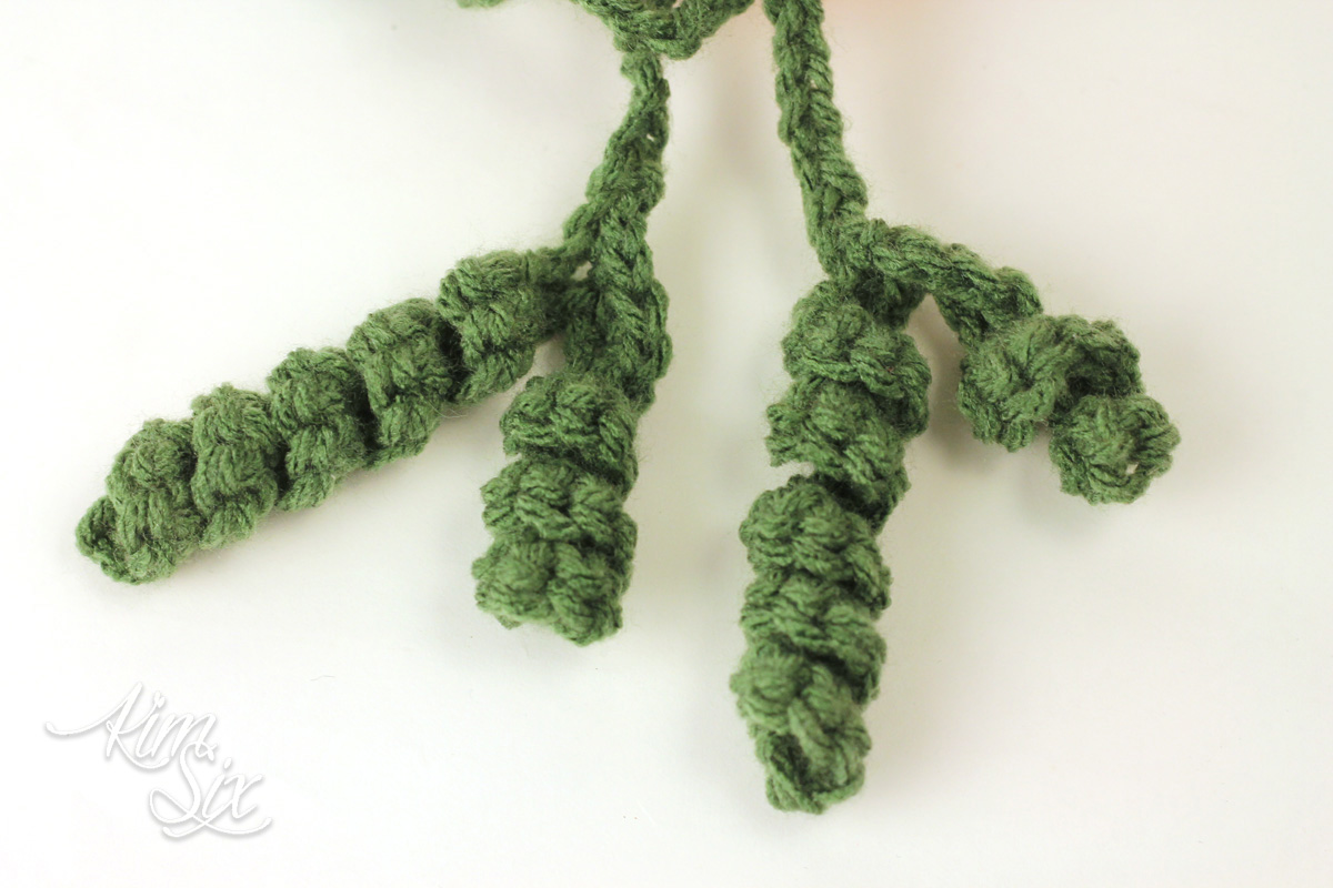 How to crochet carrot leaves