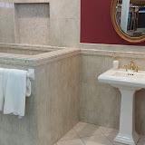 Bathrooms - 20140204_093007.jpg