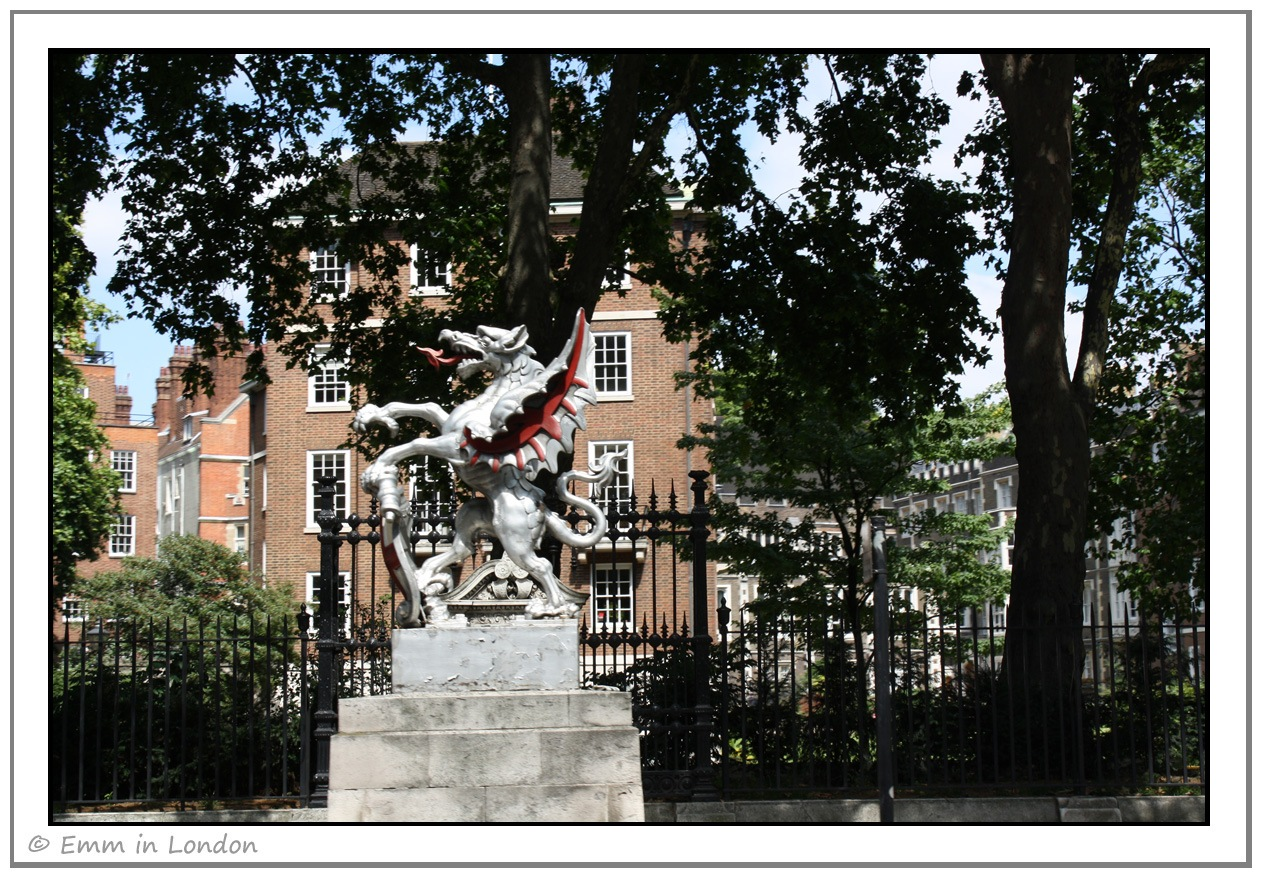 City of London Dragon on Victoria Embankment