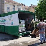 Prima campanie de colectare a deseurilor periculoase si a DEEEurilor - mai 2011 - DSC09522.JPG