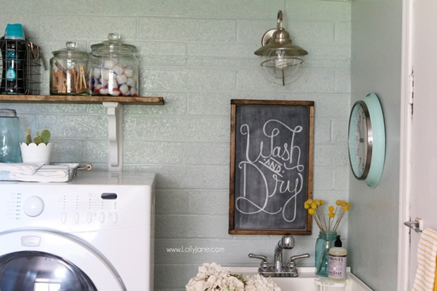 Easy-Laundry-Room-Refresh-Glass-Jars-Organization