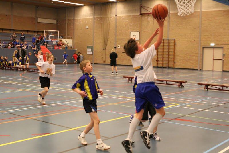 Basisscholen toernooi 2012 - Basisschool%2Btoernooi%2B2012%2B20%2B%25281%2529.jpg