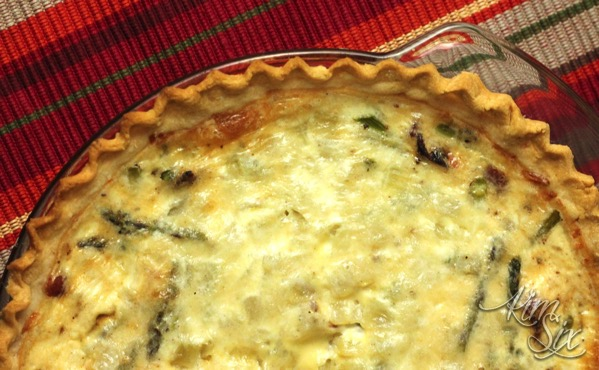 Cheesy bacon and asparagus quiche