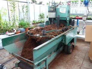 Doniczkarka potting machine