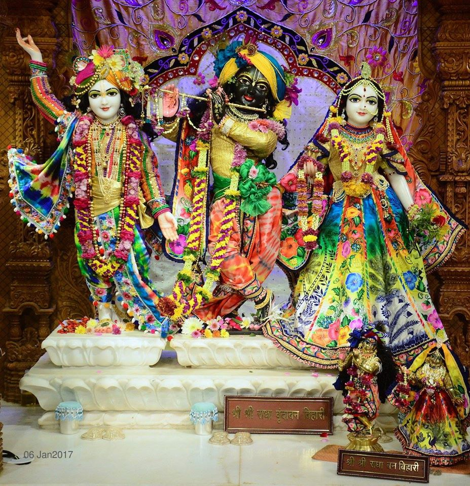 ISKCON GEV Deity Darshan 06 Jan 2017 (1)