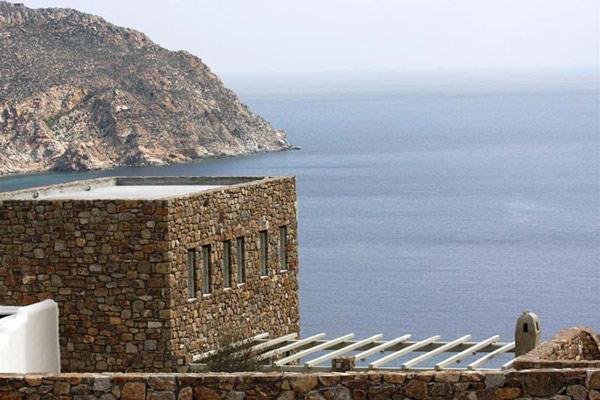 Последна морска разходка до Миконос, Гърция