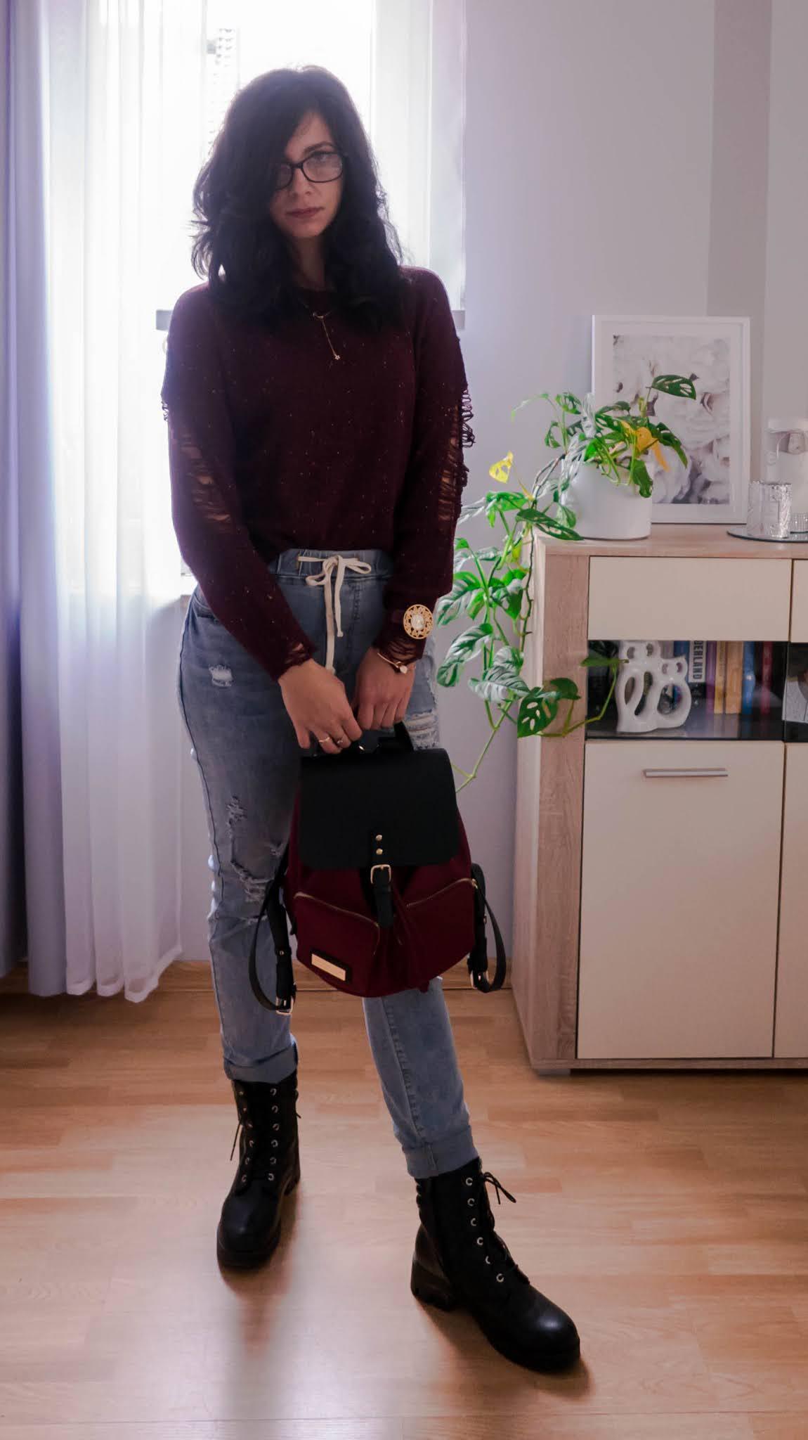 Do jakich stylizacji nosić plecak