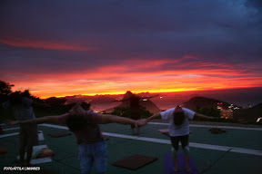 Magnifico Nascer do Sol com Yoga e Meditação no Mirante Dona Marta