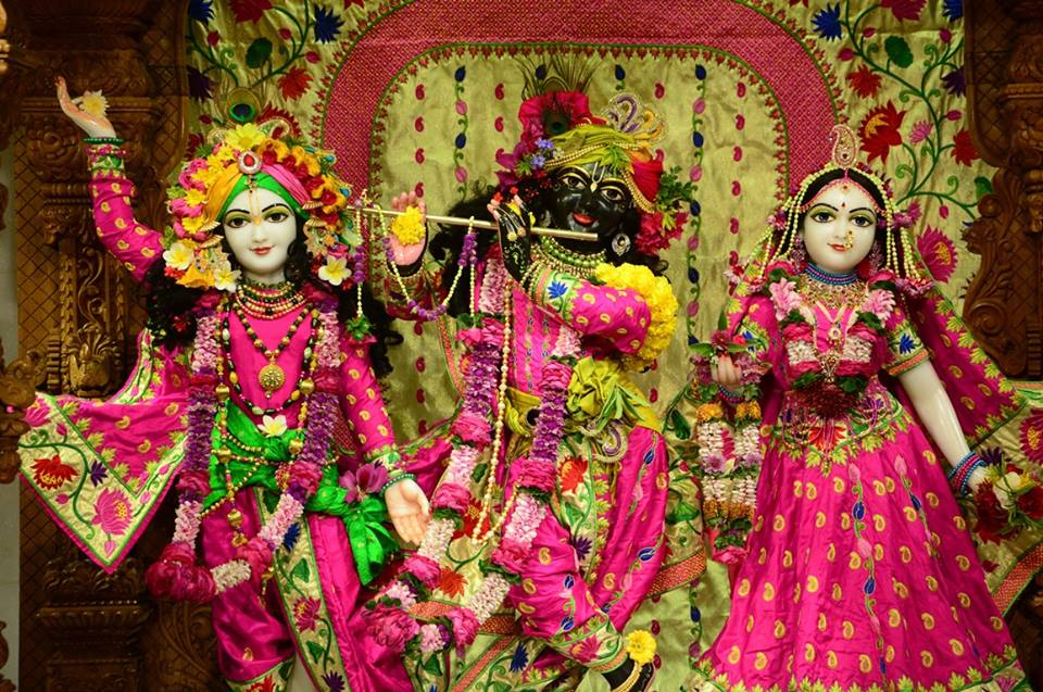 ISKCON GEV Deity Darshan 08 Jan 2017 (12)