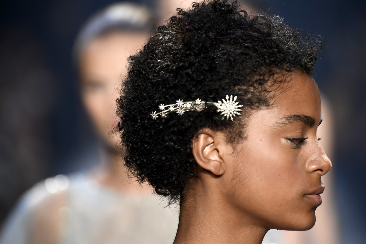 AMAZING HAIR ACCESSORIES FOR ALL HAIR TYPES 15