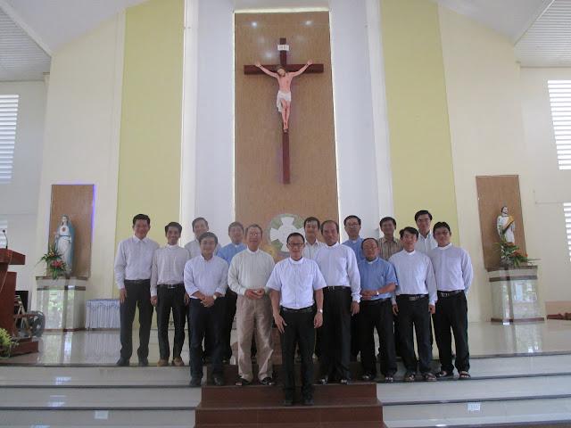 Tổng hợp một số hình ảnh thuyên chuyển các Linh mục trong Giáo Phận Nha Trang đầu năm 2016