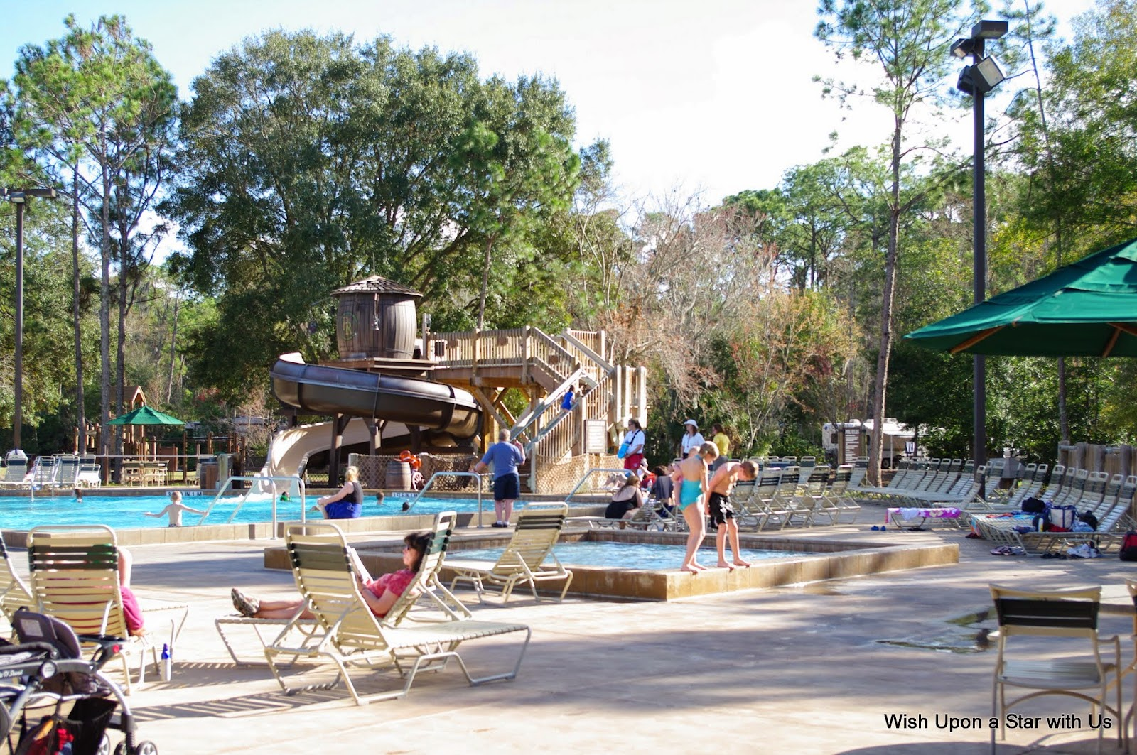 Disney 39 s fort wilderness st louis authorized disney vacation planner disney travel agency for Meadow swimming pool fort wilderness
