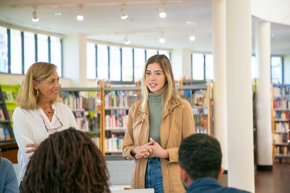 Các cách giúp cải thiện tiếng Anh cho người đi làm  | ELSA Speak
