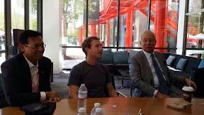 Gambar Najib Bersama Pengasas Facebook