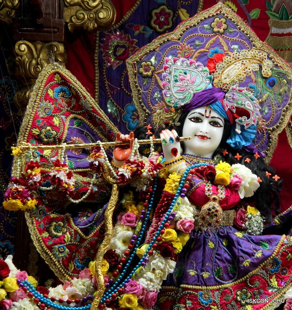 ISKCON Juhu Sringar Deity Darshan 20 Jan 2017 (8)