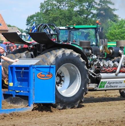 Zondag 22-07-2012 (Tractorpulling) (68).JPG