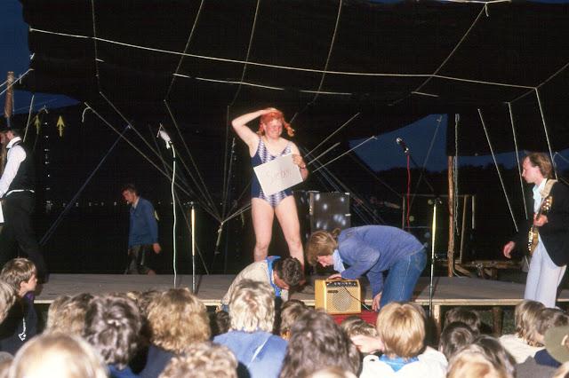 1985-1994 - 304-.jpg