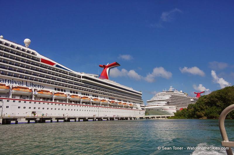 01-01-14 Western Caribbean Cruise - Day 4 - Roatan, Honduras - IMGP0879.JPG