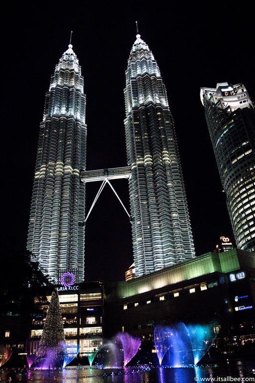 Malaysia -  Petronas Towers  - Kuala Lumpur-67