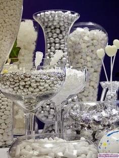 Enfeites de mesa prata para ano novo