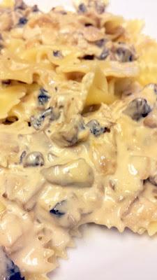 Easy Mushroom and White Wine Cream Sauce recipe on pasta