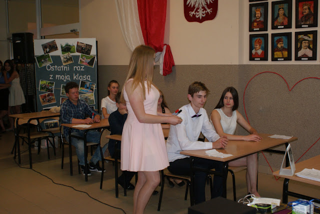 Pożegnanie klas trzecich gimnazjum - DSC06298.JPG