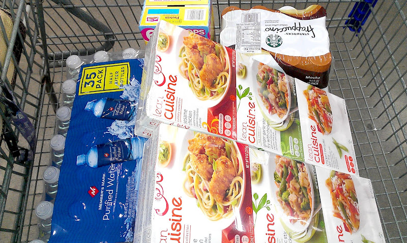 Photo: I think my cart looks like a single girl shopping. What do you think? :)