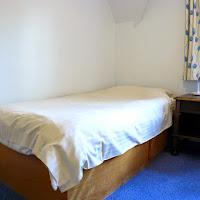 Room Q-bed