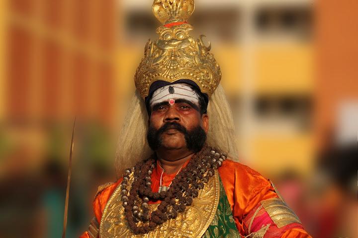 Veerabhadra kunitha