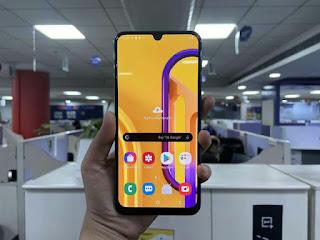 Samsung Gakexy M30s, Best Smartphone under 15000 in india