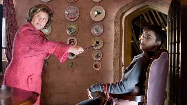 Em 4 de setembro de 1995 Harry teve sua segunda detenção com Dolores Umbridge.