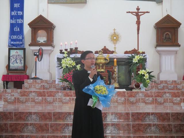 Hình ảnh Giáo xứ Cây Vông đón Cha Phó F.X Bùi Nguyên Duy