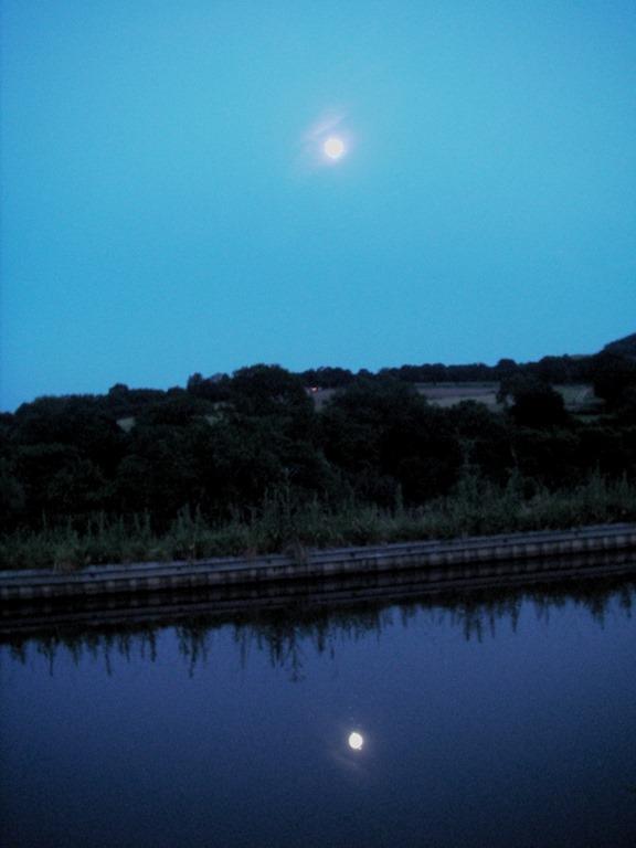 [Moonrise%5B3%5D]
