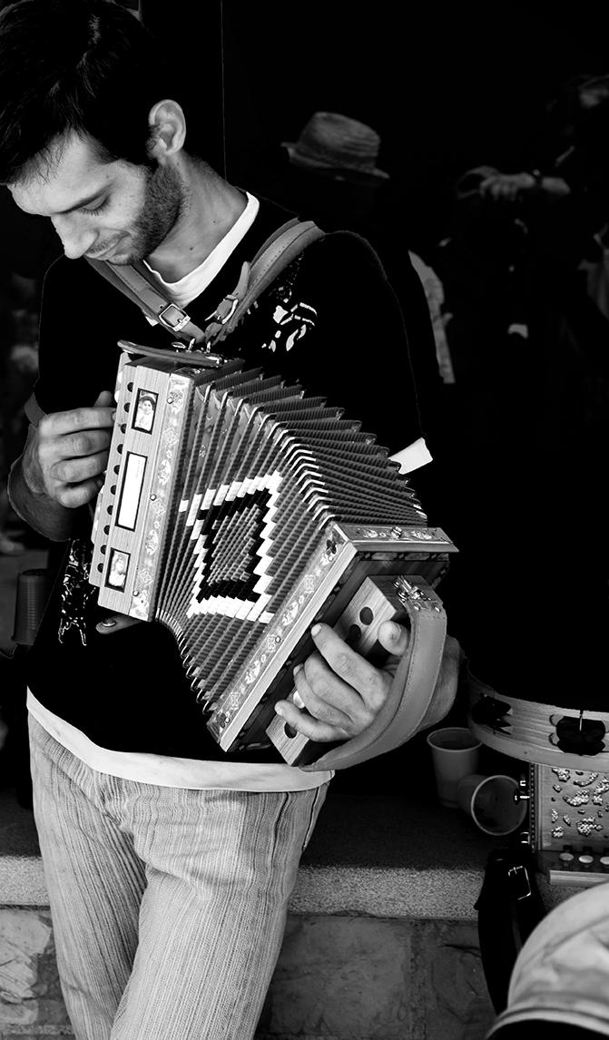 Musica popolare che si tramanda di FrancescoPaolo