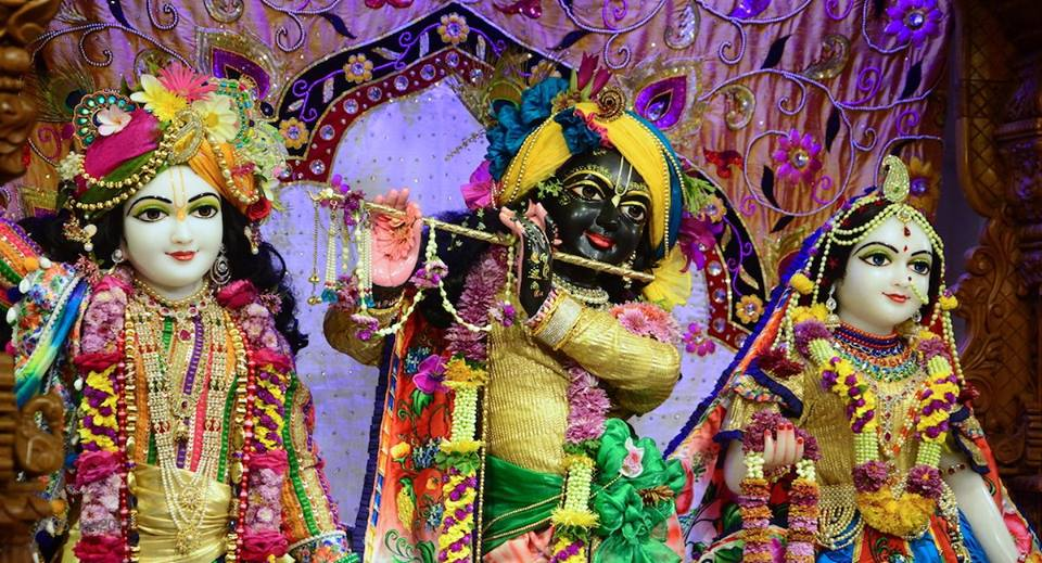 ISKCON GEV Deity Darshan 06 Jan 2017 (8)
