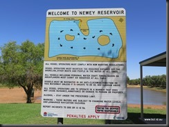 180317 079 Cobar Newey Reservoir