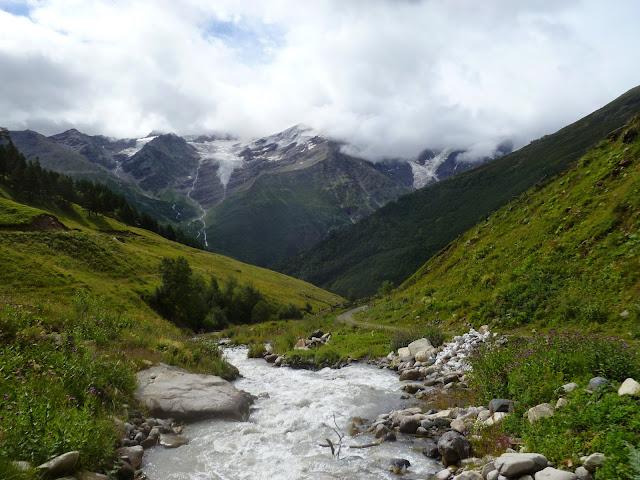 Glaciers au-dessus de Terskol (Kabardino-Balkarie), 7 août 2014. Photo : J. Marquet