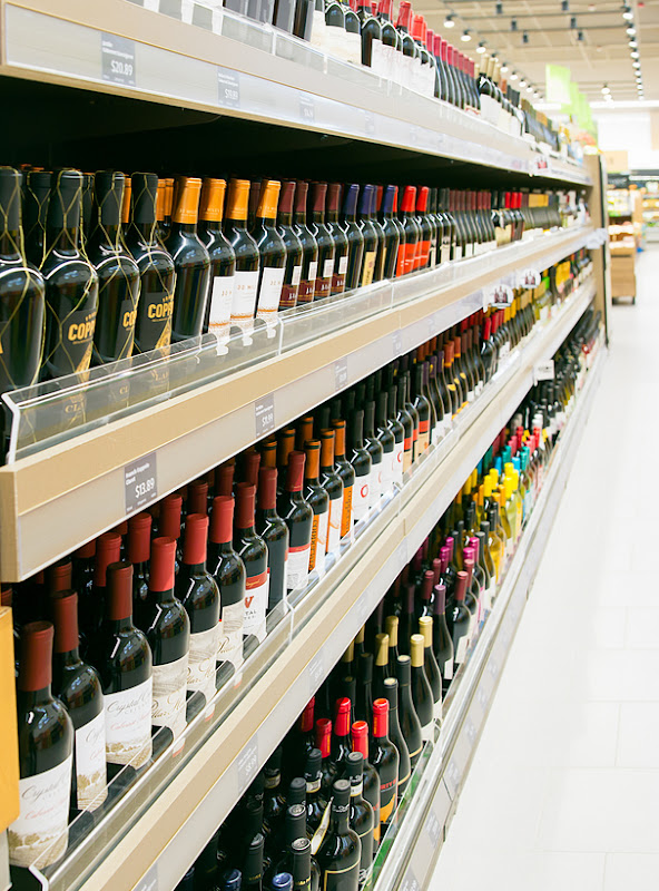 photo of the wine aisle