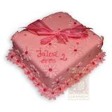 29. kép: Ünnepi torták - Rózsaszín virágos szalagos születésnapi torta